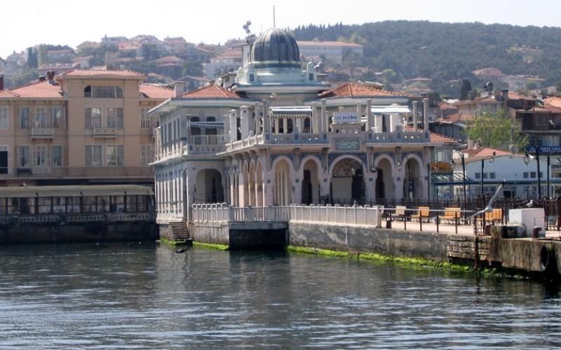 İstanbul Büyükada'da Yaşayan Ünlüler