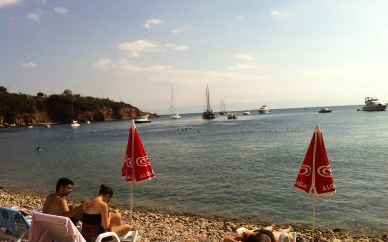 Kınalıada Ülker Restaurant Plajı
