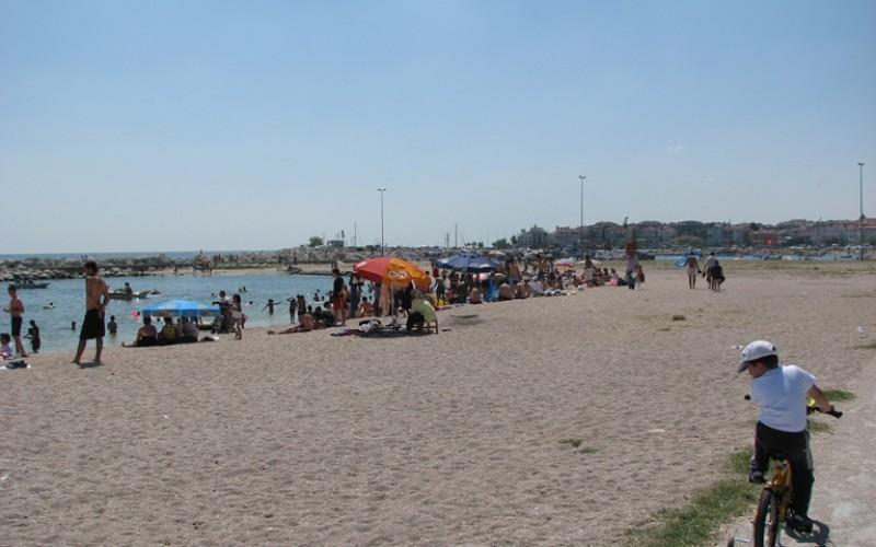 Yeşilköy Polis Merkezi Önü Plajı
