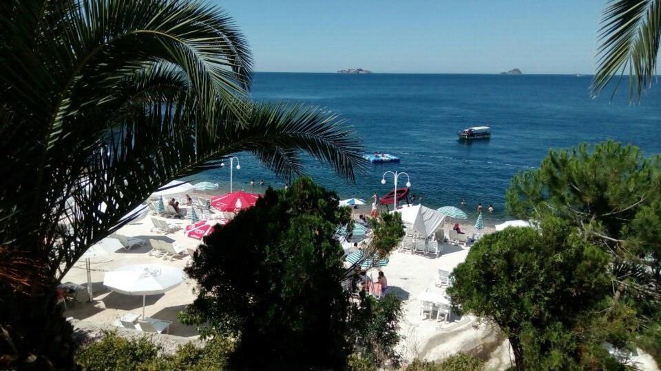 Kınalıada Kamos Beach Club Giriş Ücreti